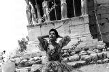 Όταν η Περουβιανή ερμηνεύτρια Ίμα Σουμάκ επισκέφτηκε την Ελλάδα (1957)