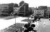Σύνταγμα: Τεμάχισαν την πλατεία για διευκόλυνση της κυκλοφορίας